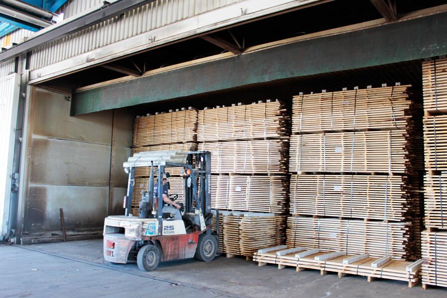 secagem da madeira fábrica aji madeiras