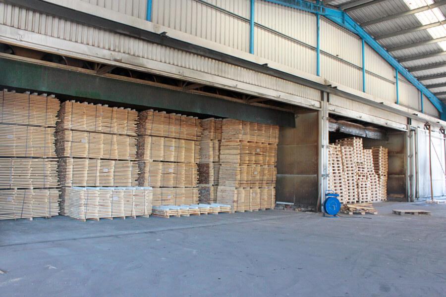 secagem da madeira e paletes fábrica aji madeiras